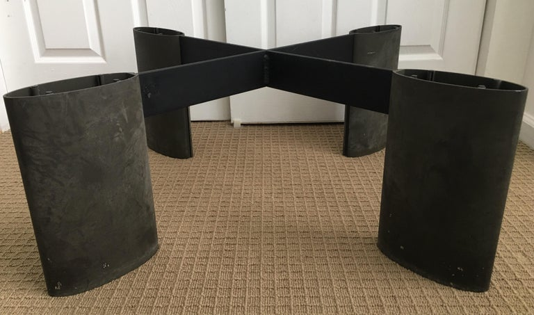 Modern Sculptural Round Coffee Table by Piotr Sierakowski for Koch and Lowy For Sale 1