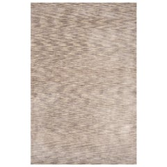 Modern Shades of Grey Tiger Design Tufted Bamboo Silk Rug