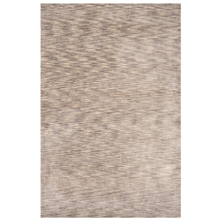Modern Shades of Grey Tiger Design Tufted Bamboo Silk Rug For Sale