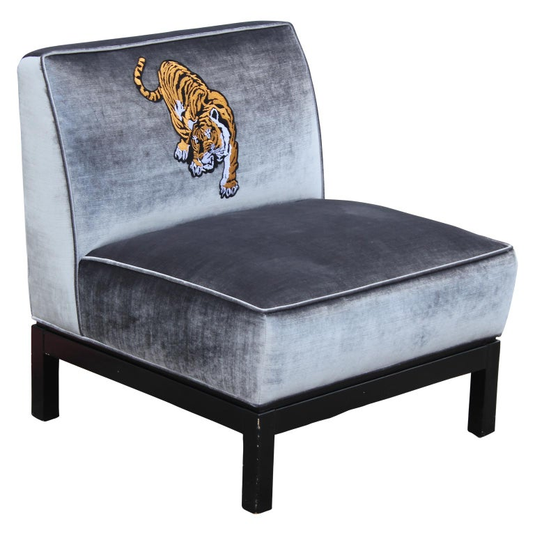 Mid-20th Century Modern Pair Silver Velvet & Walnut Slipper Lounge Chairs with Tiger Embroidery For Sale