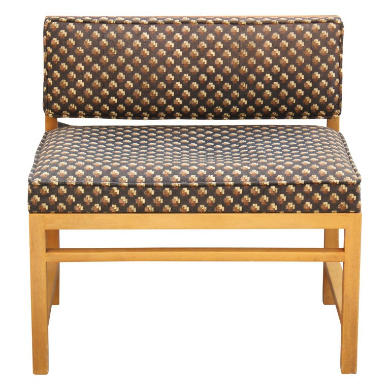 Rare modern small vanity boudoir stool bench designed by Edward Wormley for Dunbar in original upholstery.