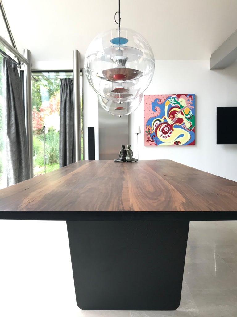 Modern Carbon Claro Table with Walnut Top and thin Carbon Fiber Legs by Tokio. In New Condition For Sale In Ljubljana, SI