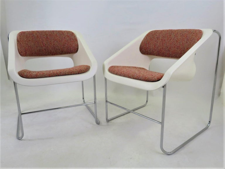 Modern Space Age 2 Lotus Stackable Chairs by Paul Boulva for Artopex Canada 1976 For Sale 4