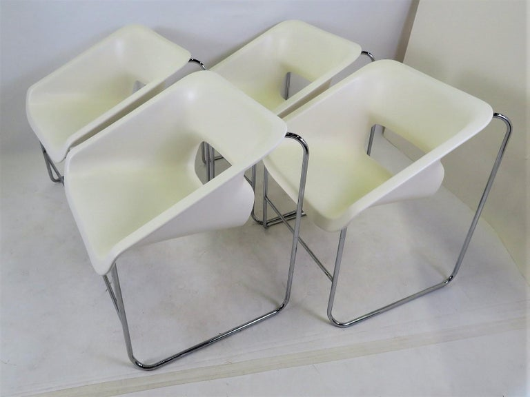 Modern Space Age 2 Lotus Stackable Chairs by Paul Boulva for Artopex Canada 1976 For Sale 5