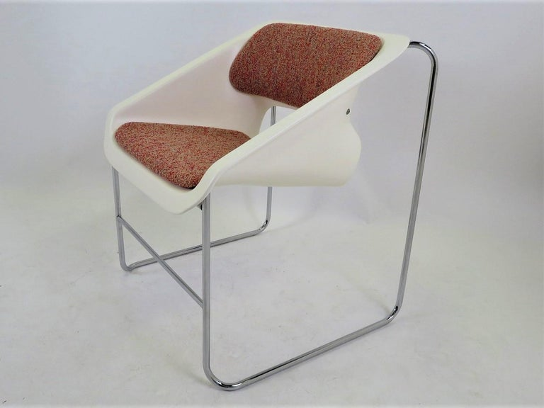Canadian Modern Space Age 2 Lotus Stackable Chairs by Paul Boulva for Artopex Canada 1976 For Sale
