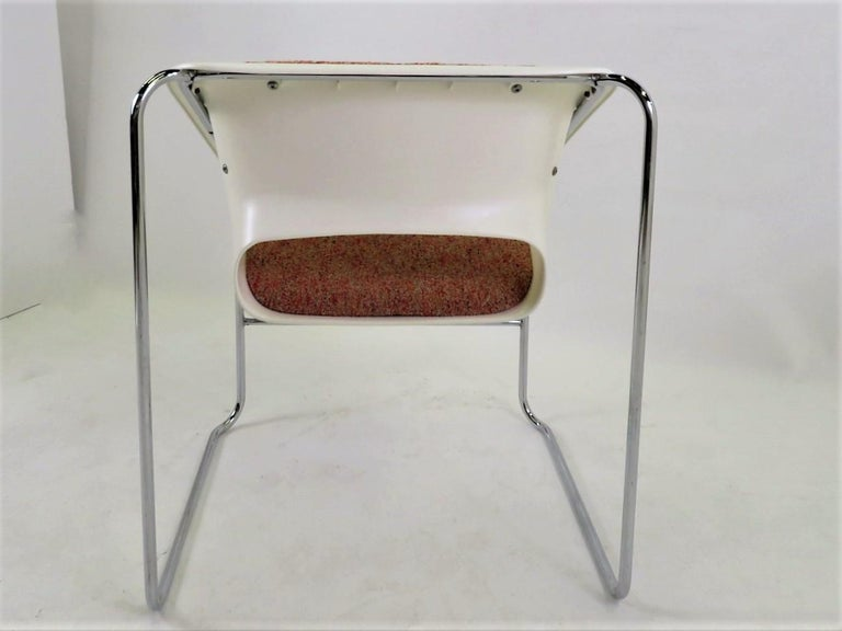 Molded Modern Space Age 2 Lotus Stackable Chairs by Paul Boulva for Artopex Canada 1976 For Sale