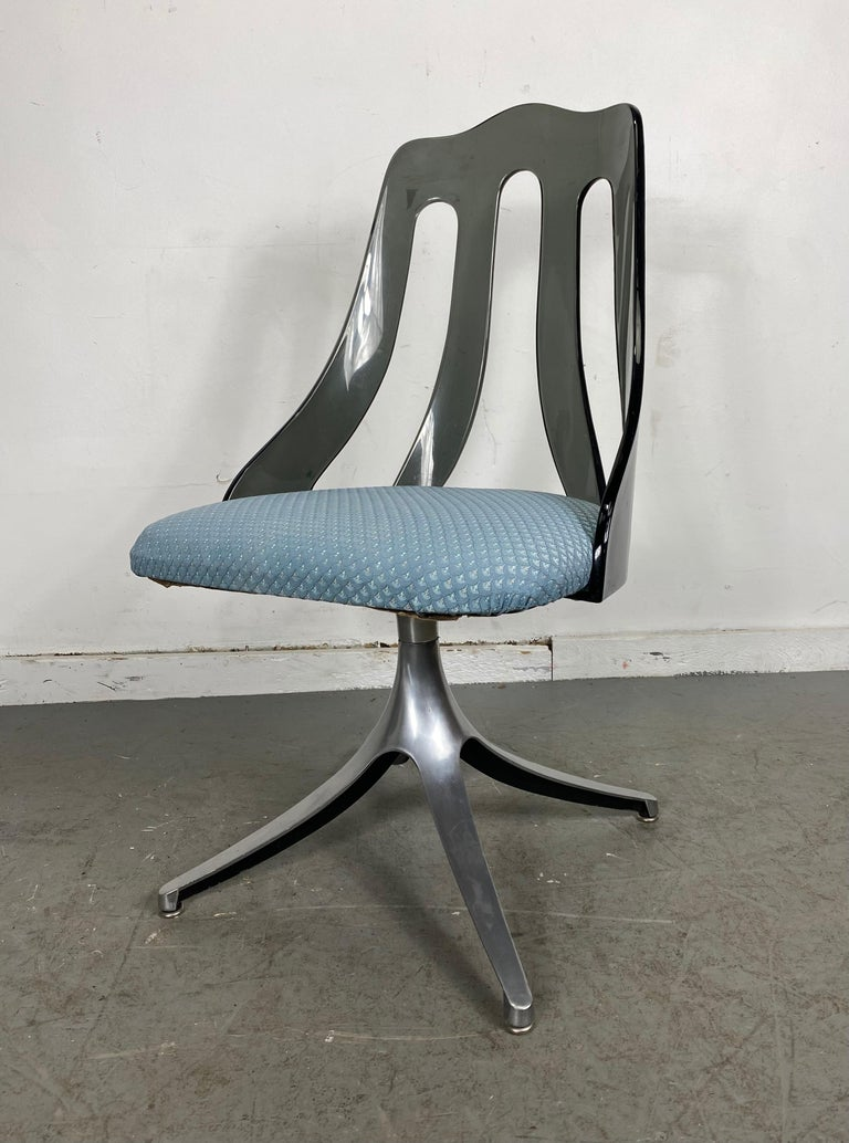 Modern Space Age Smoke Lucite and Chrome Dining Chairs by Howell / Interlake For Sale 5