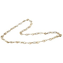 Modern Style 18 Karat Gold Handmade Big Links Slightly Hammered Chain Necklace