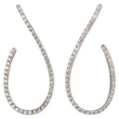 Modern Style 18 Karats White Gold 2.30 Karat G Color VS1 White Diamonds Earrings