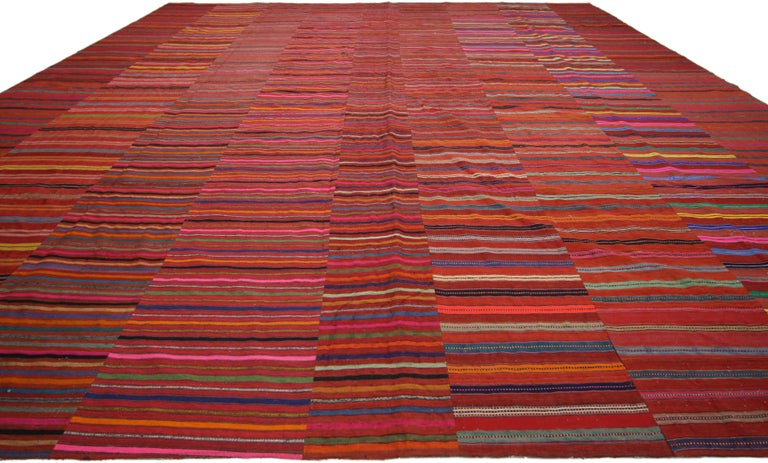 Hand-Woven Modern Style Vintage Turkish Kilim Flat-Weave Rug, Striped Kilim Area Rug For Sale