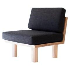 Modern Suelo Side Chair, Turned Leg