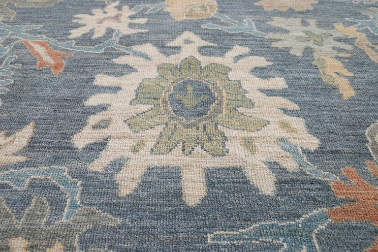 Modern Sultanabad Wool Rug For Sale 2