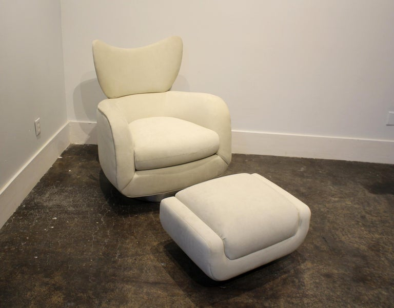 American Modern Swivel and Rock Lounge Chair and Ottoman in White by Vladimir Kagan For Sale