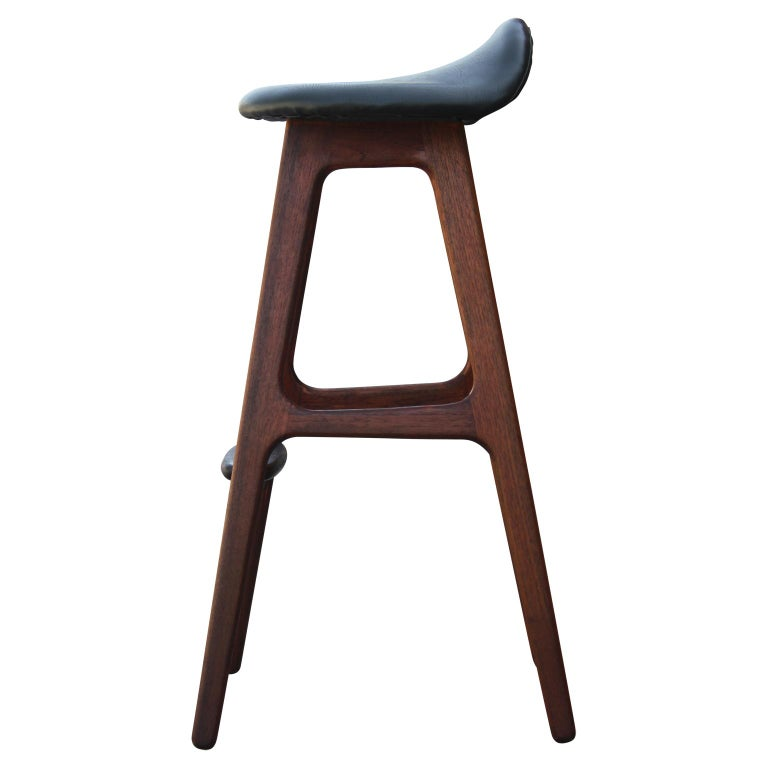 Modern Teak and Rosewood Bar Stool by Erik Buck for Odense Møbler OD61 In Excellent Condition For Sale In Houston, TX