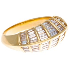 Modern Terraced Baguette Cut Diamond 18 Karat Gold Ring