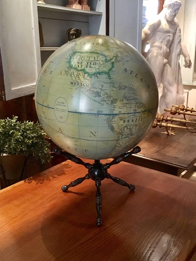 Modern Terrestrial Globe Wood Tripod Base In Excellent Condition For Sale In Madrid, ES