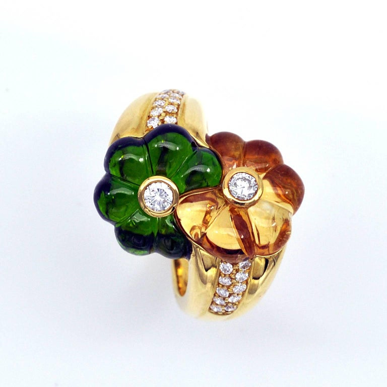 Cabochon Modern Toi et Moi Carved Gemstones and Diamond 18 Karat Gold Flower Ring For Sale