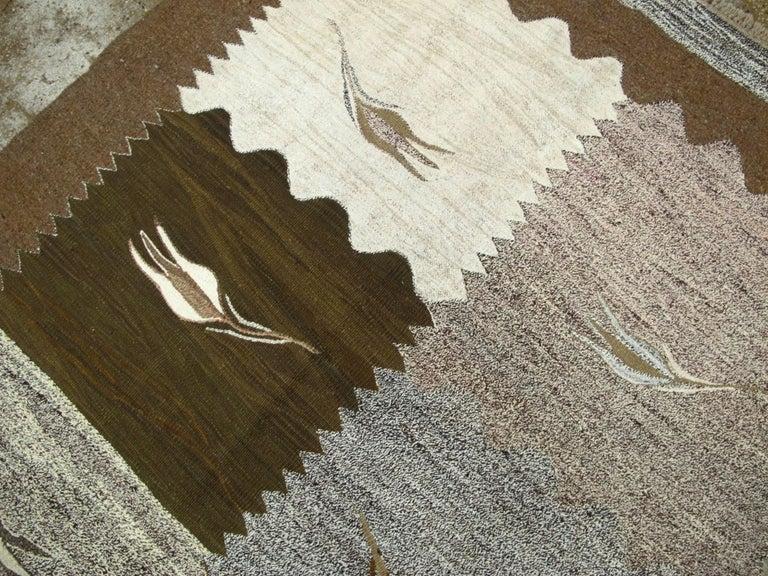 Wool Modern Turkish Flat-Weave Rug For Sale