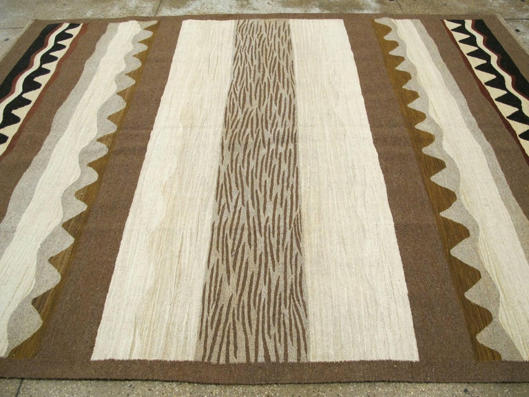 Modern Turkish Flat-Weave Rug For Sale 2