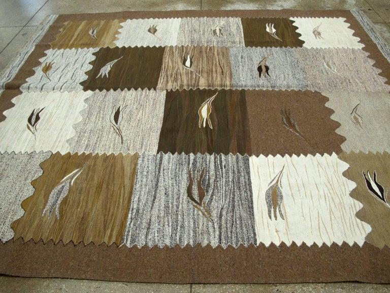 Modern Turkish Flat-Weave Rug For Sale 2