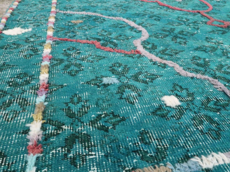 Contemporary Handmade Turkish Folk Rug With A Distressed Appeal In Turquoise  In Good Condition For Sale In New York, NY