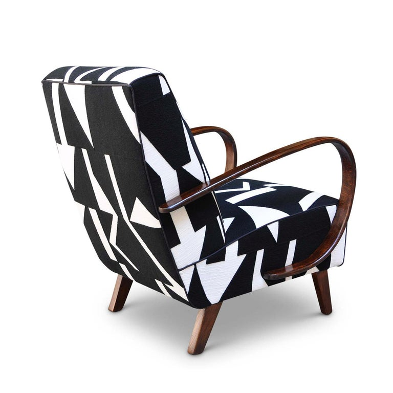 Modern Twill Armchair In Excellent Condition For Sale In Milan, IT