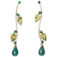 Modern 18 Karat Gold Green Tsavorite Peridot Dangle Drops Design Earrings