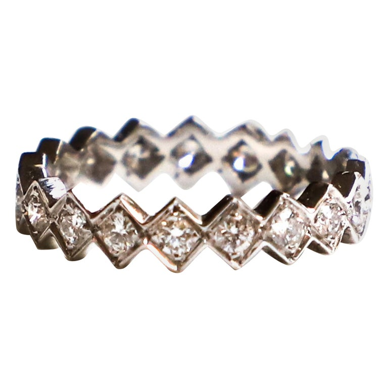 "Modern Ugolini 18 Karat White Gold 0.57 Karat White Diamonds ""Cubes"" Band Ring For Sale"