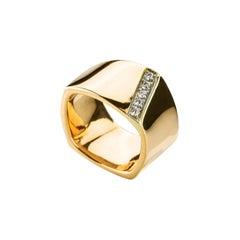 Modern Ugolini Yellow Gold 0.20 Karat White Diamonds Castello Svevo Band Ring