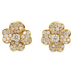 Modern Van Cleef & Arpels Yellow Gold Diamond Cosmos Earrings