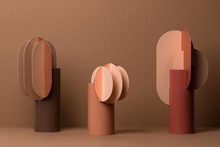 Modern Vase Delaunay CS7 by Noom in Copper and Steel For Sale 4
