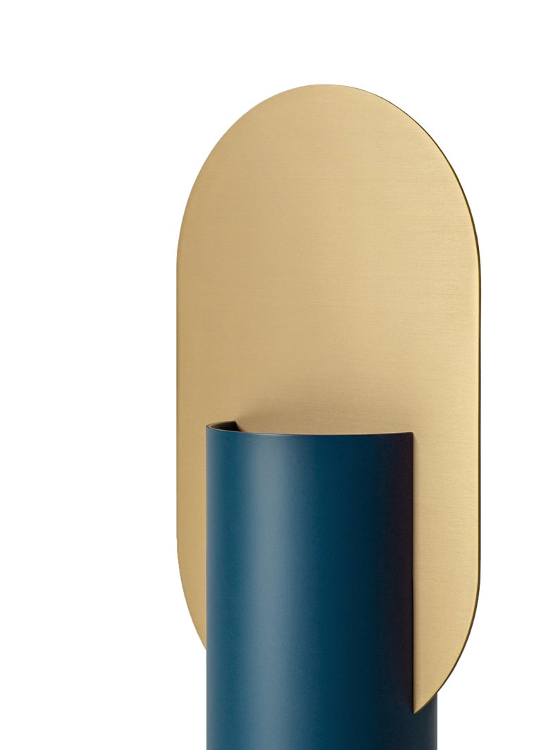 Modern Vase Genke CS3 by Noom in Brass and Steel In New Condition For Sale In Kyiv, UA