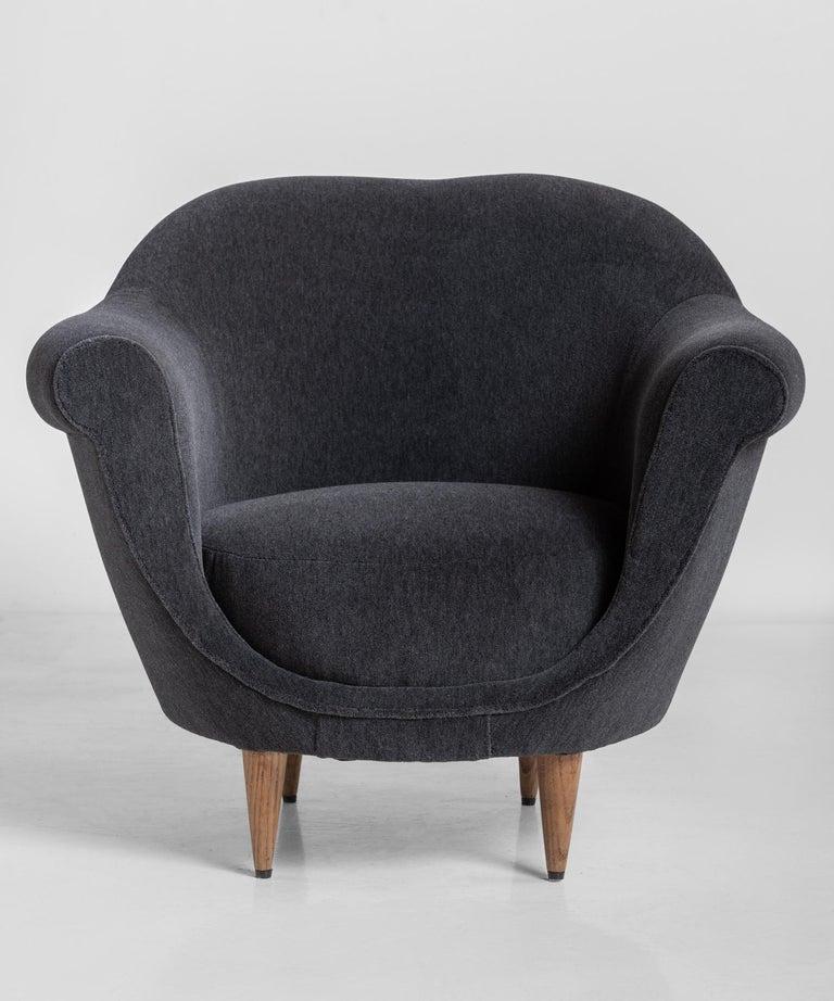 Italian Modern Velvet Open Armchair, Italy circa 1950 For Sale