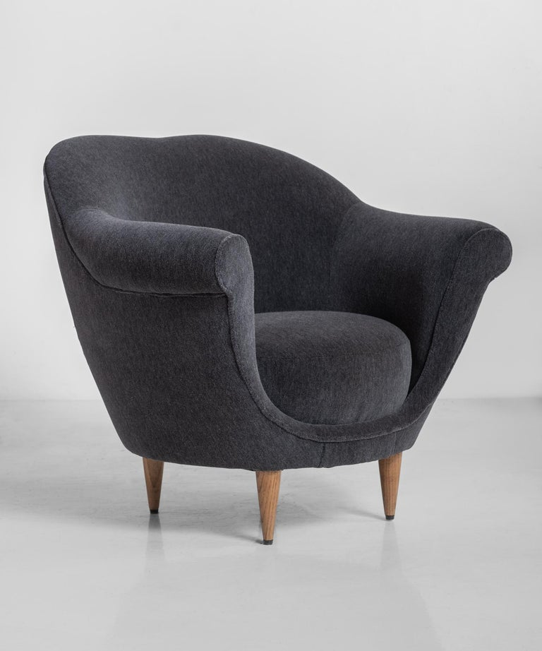 Modern Velvet Open Armchair, Italy circa 1950 In Excellent Condition For Sale In Culver City, CA