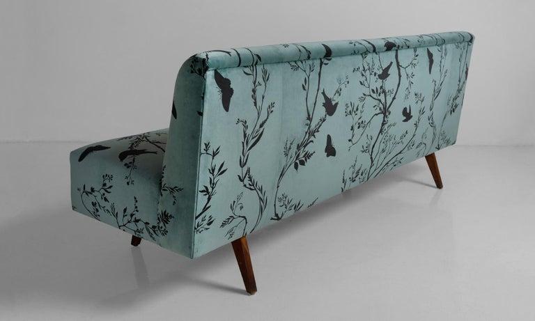 Modern Velvet Sofa, Italy, circa 1950 1
