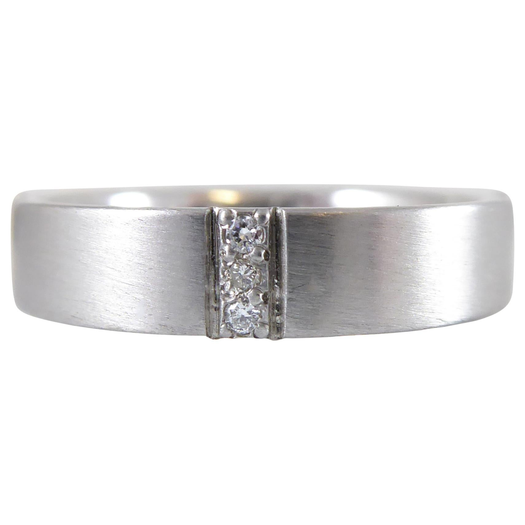 Modern Vintage Diamond and White Gold Wedding Ring, circa 1999