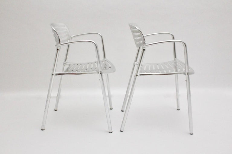 Spanish Modern Vintage Pair of Aluminum Chairs by Jorge Pensi, Spain 1986-1988 for Amat For Sale