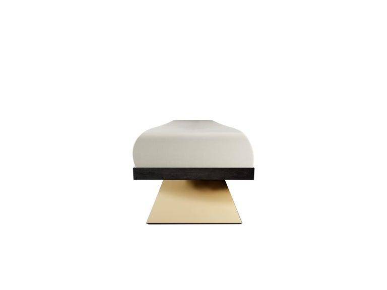 Modern Brutalist White & Black Velvet Bench with Black Legs Gold Stainless Steel In New Condition For Sale In Porto, PT