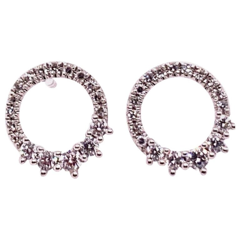 Modern White Gold 0.22 Carat Natural Colorless Diamond Circle Earrings Gem Stone For Sale
