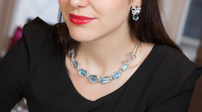 18K White Gold, White Diamonds and Aquamarine Necklace and Earrings 5