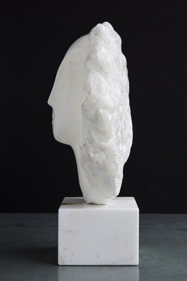 Modern White Onyx Sculpture of a Woman's Face on Marble Base, Unsigned For Sale 1