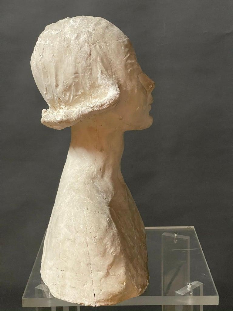 Modern White Signed Plaster Italian Sculpture For Sale 1