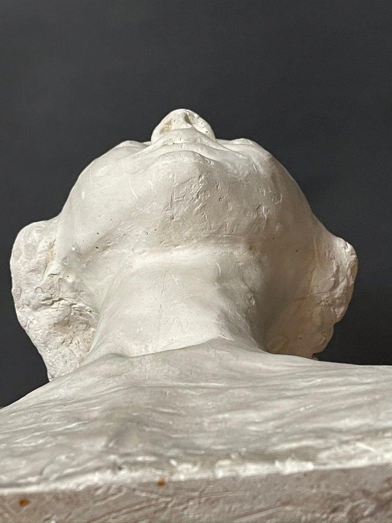 Modern White Signed Plaster Italian Sculpture For Sale 3