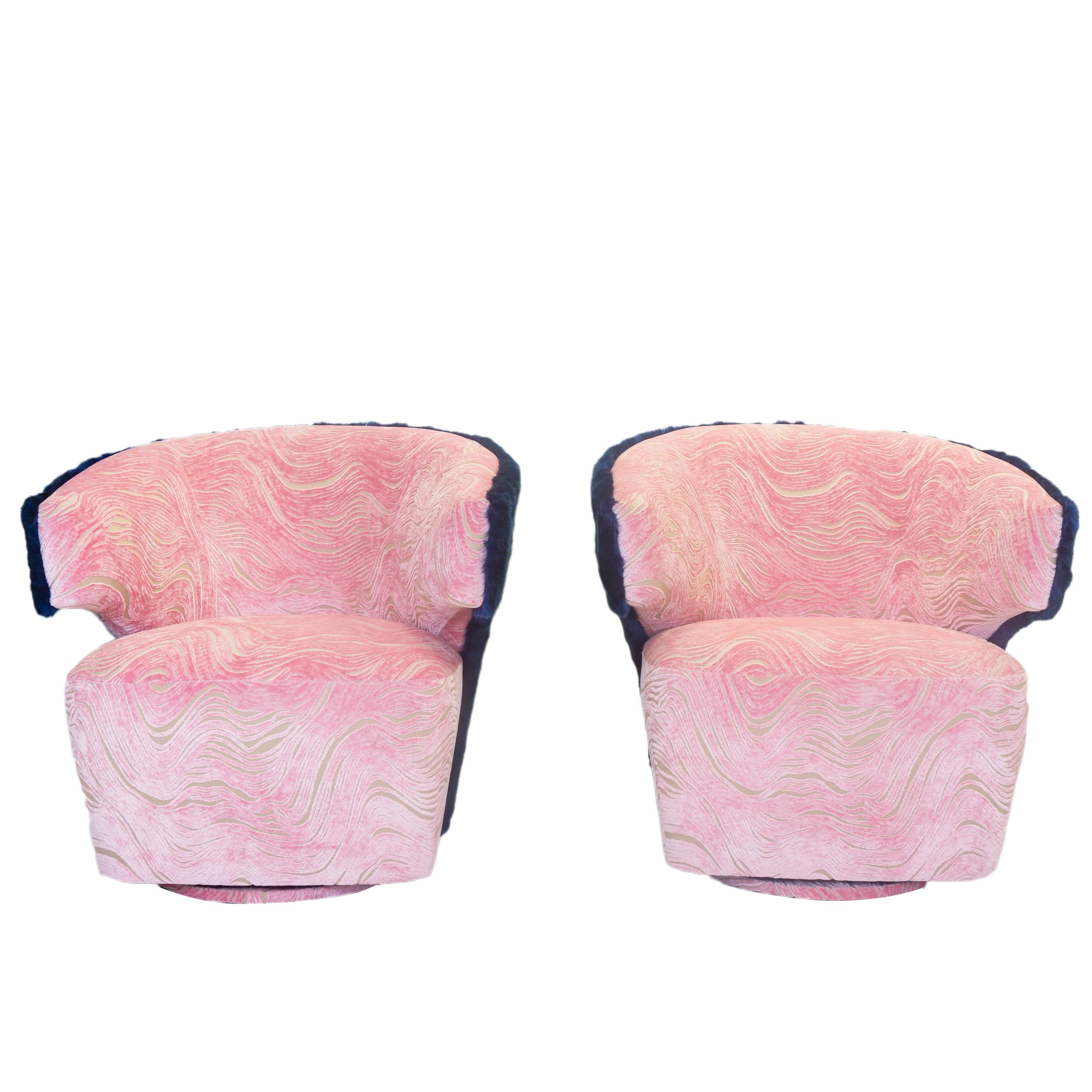 Pleasant Modern Winged Swivel Chair With Wavy Cut Velvet Pattern And Blue Faux Fur Pabps2019 Chair Design Images Pabps2019Com
