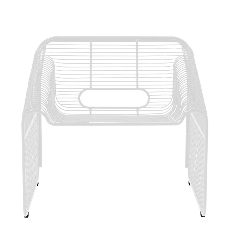 This modern wire lounge chair is an update on the classic upholstered loveseat. The curved wire design and reclined shape of the hot seat will have you lounging in style on your porch or patio.
