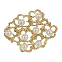Modernist 14 Karat Gold and White Round Pearl Floral Brooch or Pin