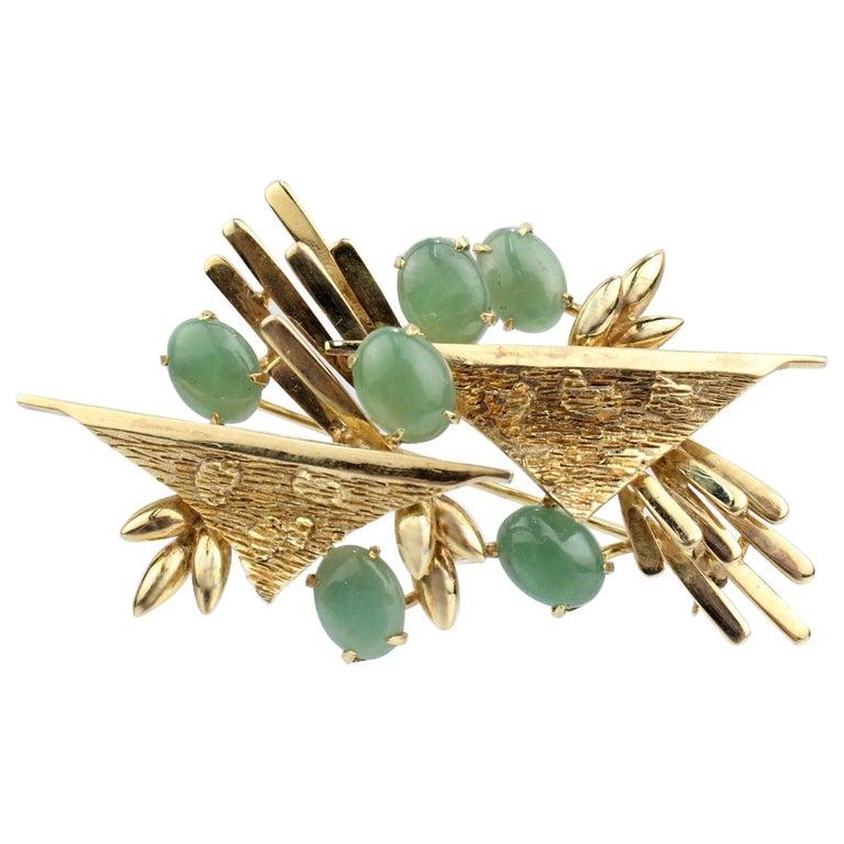 Modernist 18 Karat Gold and Jade Cabochon Brooch For Sale