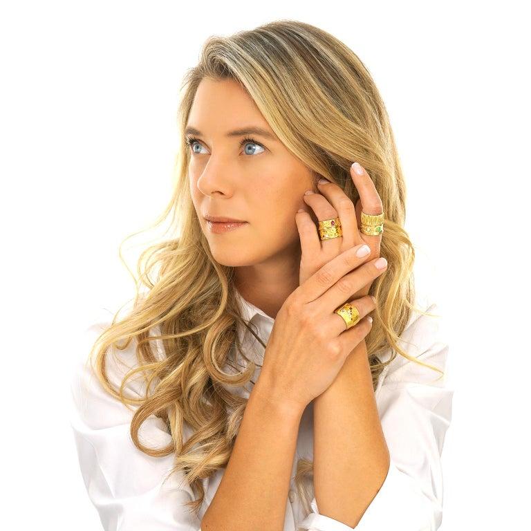 Modernist 18 Karat and 22 Karat Gold Ring For Sale 5