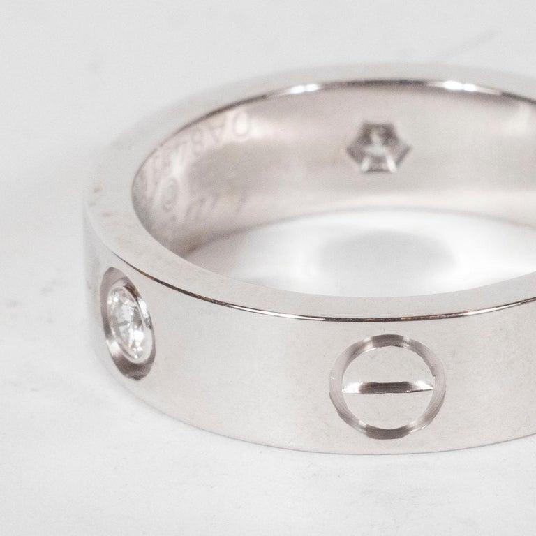 Women's or Men's Modernist 18 Karat White Gold & Three Diamond