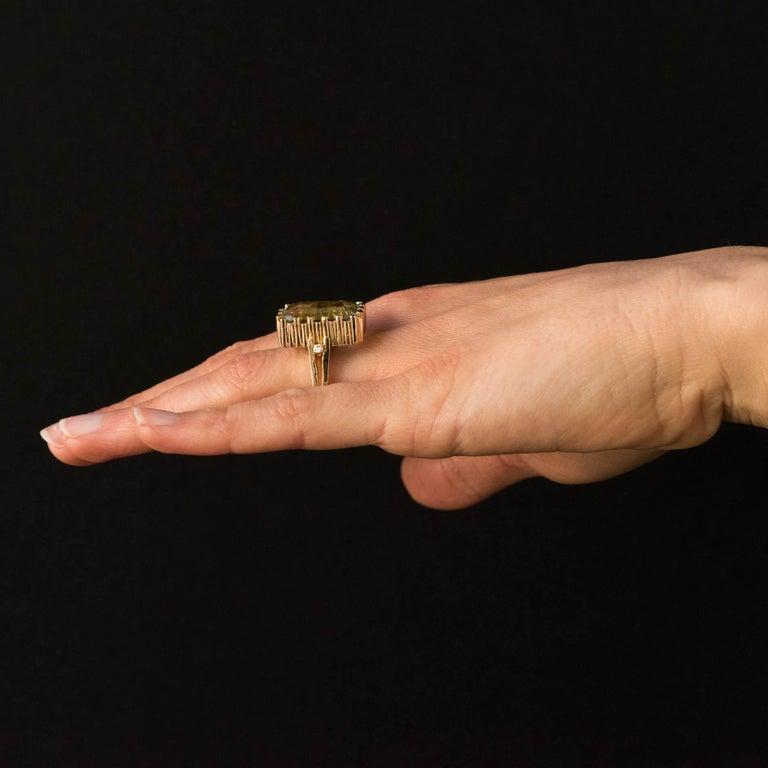 Modernist 1970s 14.20 Carat Aquamarine Diamonds Yellow Gold Ring For Sale 7